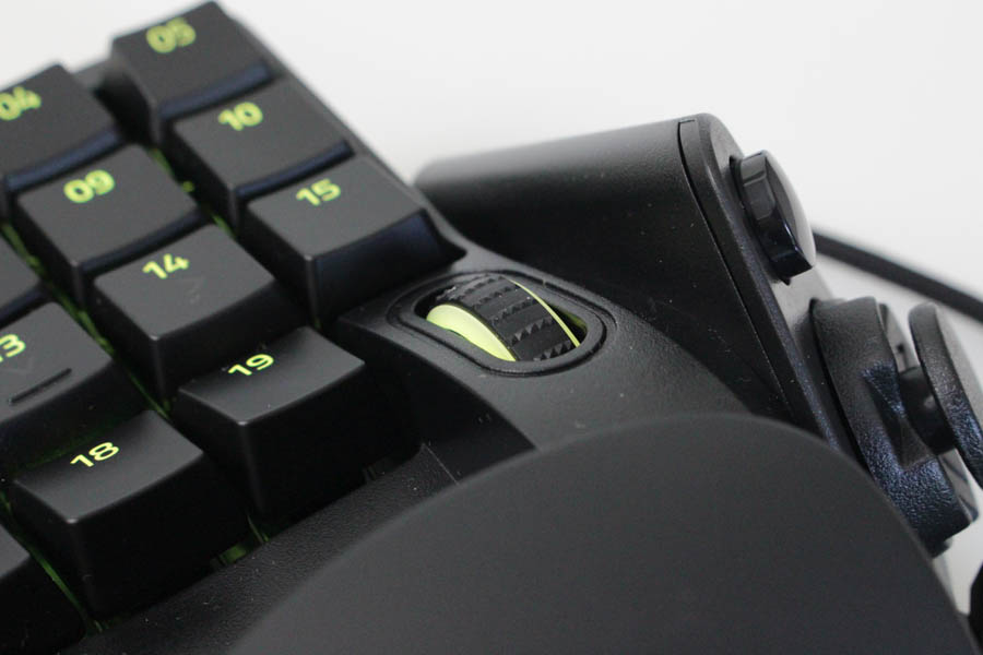 Review Razer Tartarus Pro Techandising detalle rueda